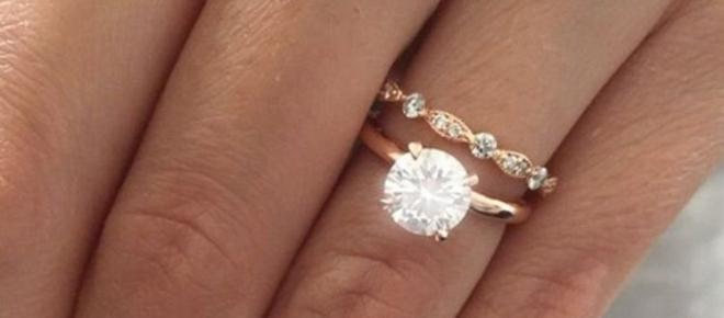 Check out the most popular engagement ring in the world right now!