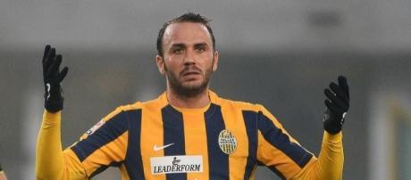 In foto Gianpaolo Pazzini, attaccante dell'Hellas Verona