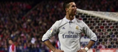 Cristiano Ronaldo hits hat-trick as Real Madrid stun Atletico ... - eurosport.com