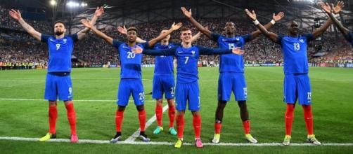 Euro 2016 : La presse allemande accuse l'équipe de France de dopage - francetvinfo.fr