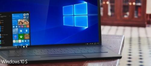 Microsoft announces Windows 10 S to ease teaching in schools - technobuffalo.com