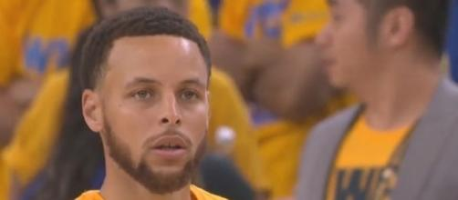 Stephen Curry before the game'ѕ start. - Youtube, Ximo Pierto Channel https://www.youtube.com/watch?v=jTPTH7r9z4o