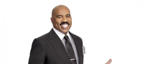 Steve Harvey not taking staff with him when he moves his show - Photo: Blasting News Library - newslocker.com