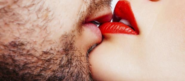 La Relación Amorosa debe tener 3 elementos: Eros, Philia y Agape.