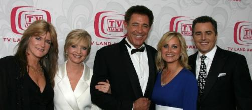 Maureen McCormick, Barry Williams, And The Rest Of The 'Brady ... - inquisitr.com