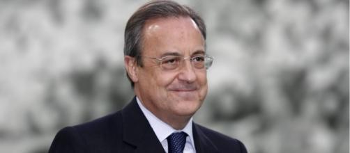 Florentino Pérez, siempre atento al movimiento del mercado de fichajes