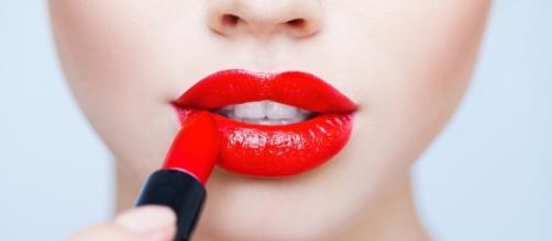 Lo que nadie cuenta de los labios rojos.