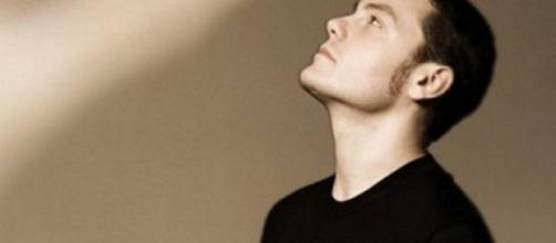 Tiziano Ferro vi aspetta su iTunes - optimaitalia.com