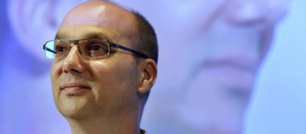 "Andy Rubin reportedly working on ""Essential"", a high-end ... - gizmotimes.com"