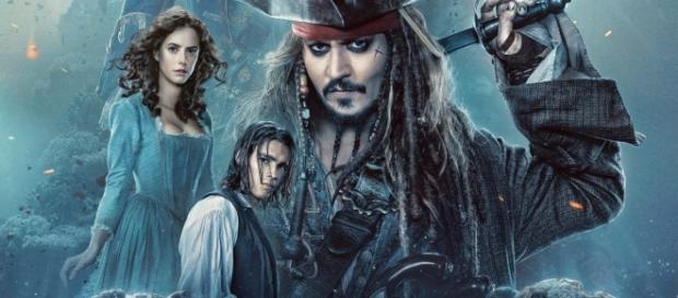 I Pirati dei Caraibi tornano nelle sale e il loro produttore, Bruckheimer, decide di inserire una scena spoiler al termine del film