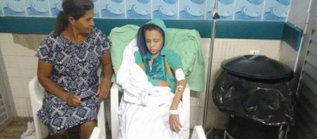 Morre menino com câncer atendido ao lado do lixo em hospital de Vitória