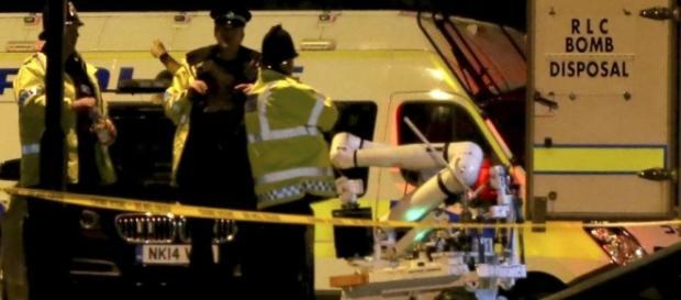Zamach terrorystyczby w Manchesterze (dziennik.pl)