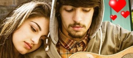 É possível que uma pessoa desperte o interesse amoroso por outra, apenas no primeiro contato
