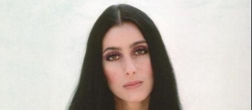 A jovem e bela Cher na década de 1970