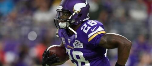 Adrian Peterson weighing potential return | GiveMeSport - givemesport.com