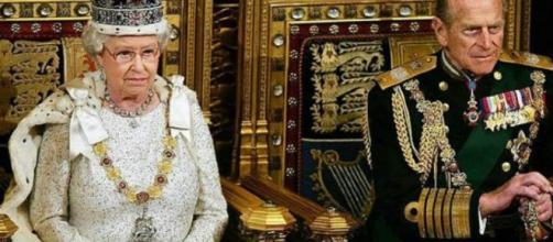 Alla veneranda età di 96 anni il principe Filippo si ritira