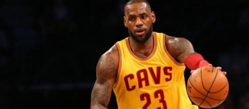 LeBron James and the Cavs are undefeated in the 2017 NBA Playoffs. [Image via Blasting News image library/usatoday.com]