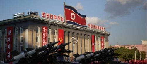 Pyongyang, armi in parata: una delle immagini frequenti del regime nordcoreano