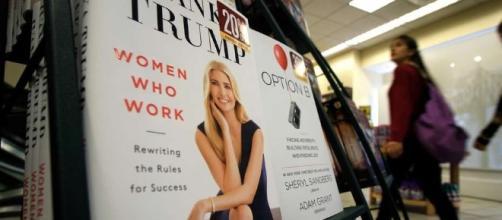 Trump publicó un libro de autoayuda para mujeres trabajadoras - clarin.com