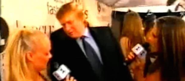 Donald Trump assediou Emma Button em uma cerimônia do VH1