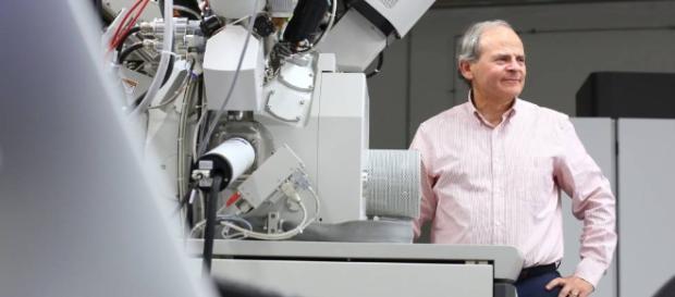 """El director de un centro científico """"evangeliza"""" a sus ... - eju.tv"""