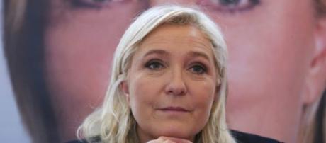 Marine Le Pen al ballottaggio con l'opposizione del mondo della cultura