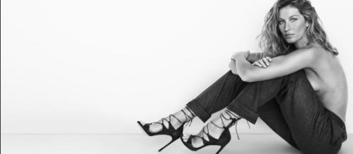 A la hora de escoger sandalias, Gisele Bündchen lo hace con el mismo estilo que desfila