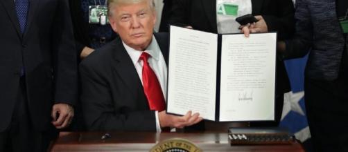 Donald Trump decree calls for 'immediate construction' of Mexico ... - thesun.co.uk