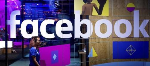 Facebook corre ai ripari contro i post violenti