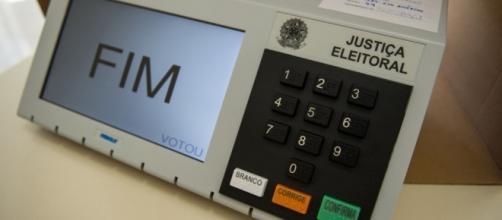Urnas eletrônicas: queremos o seu fim!