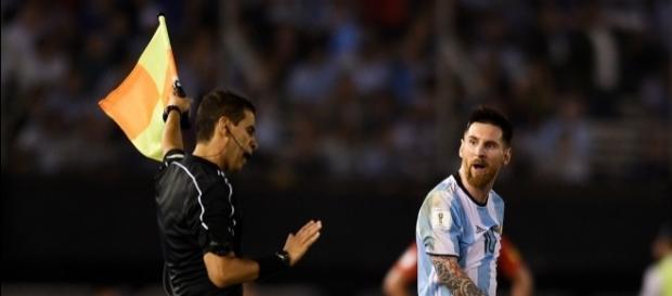 """Messi salió """"barato"""" y podrá jugar los restantes partidos eliminatorios con Argentina. Foto: 24horas.cl"""