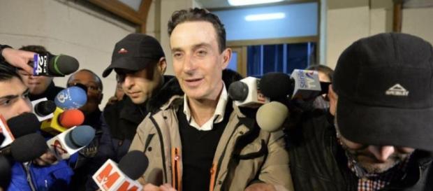 Radu Mazare afla marti daca va fi arestat preventiv. Procurorii ... - hotnews.ro