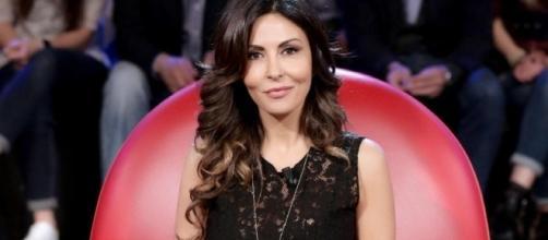 Anticipazioni Amici, 13 maggio: Sabrina Ferilli quinto giudice, Giorgia ospite