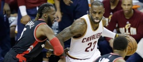 LeBron James and the Cavs have looked unstoppable in this year's playoffs. [Image via Blasting News image library/sportsnet.ca]