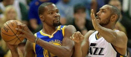 NBA playoffs 2017: Kevin Durant's 38 points lead Warriors to Game ... - sportingnews.com