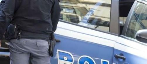 Sardegna, tentato furto nel deposito Crai di Sestu: due ladri restano chiusi nel parcheggio, arrestati.