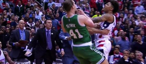 The Wizards' Kelly Oubre Jr. has been suspended for shoving down the Celtics' Kelly Olynyk. [Image via Blasting News image library/sportsnet.ca]