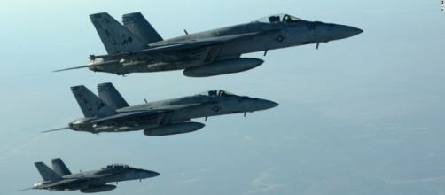 US Coalition warplanes banned from flying over Syria's safe-zones ... - therussophile.org