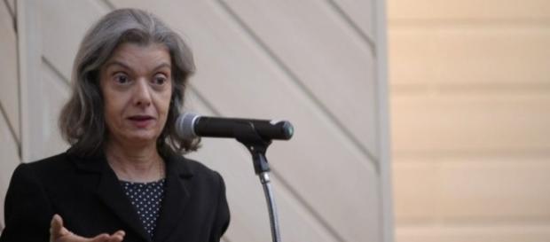 Ministra Cármen Lúcia discorreu sobre a situação do Poder Judiciário no Brasil, em palestra esta sexta-feira