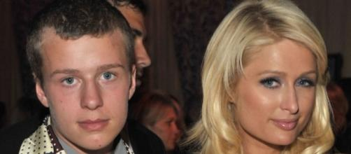 Conrad Hilton held for alleged car theft - sky.com