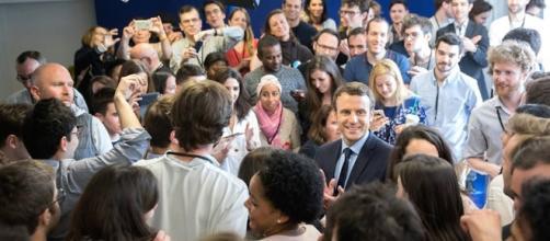 Il nuovo presidente di Francia si chiama Emmanuel Macron