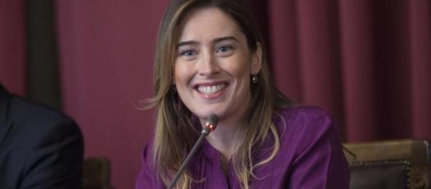 Maria Elena Boschi accusata di voler commissariare il governo Gentiloni per conto di Renzi
