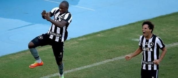 Pedida de Sassá assustou diretoria do Botafogo