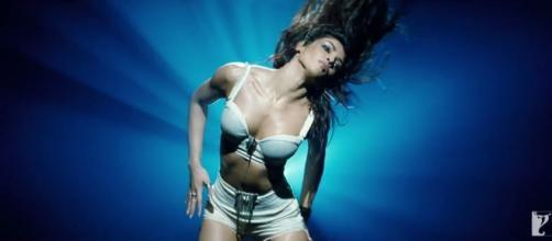 Asalaam e Ishqum Gunday Movie Video Song Download In Full HD ... - mercenie.com