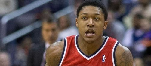 Beal in action, Wikipedia https://en.wikipedia.org/wiki/Bradley_Beal#/media/File:Bradley_Beal_Wizards_cropped.jpg