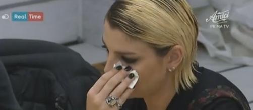 #EmmaMarrone piange, a seguito dell'eliminazione di #Shady. #BlastingNews