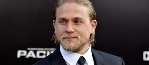 King Arthur: Legend of the Sword' Cast, Updates: Charlie Hunnam ... - econotimes.com