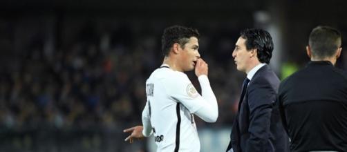 PSG : entre Thiago Silva et Emery, le courant ne passe plus - Le ... - leparisien.fr