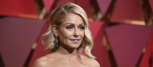 Kelly Ripa an other inducted into New Jersey Hall of Fame - Photo: Blasting News Library - lmtonline.com