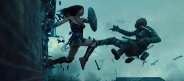 Kick-ass Wonder Woman trailer delves into her origin story - technobuffalo.com